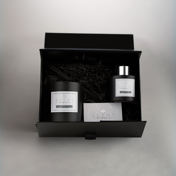 Matt Black Classic Candle & Reed Diffuser Gift Set