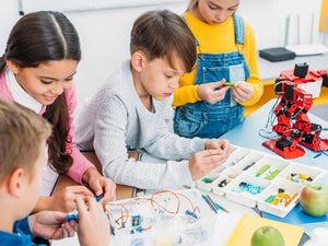 Tips for Teaching Kids How To Build Electronics