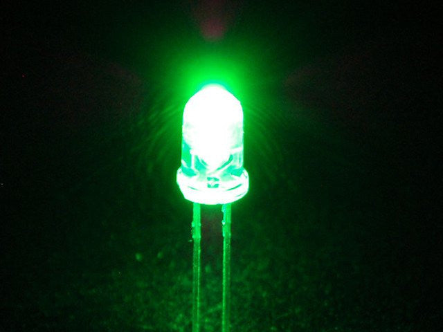 Super Bright Green 5mm LED (25 pack) - Chicago Electronic Distributors