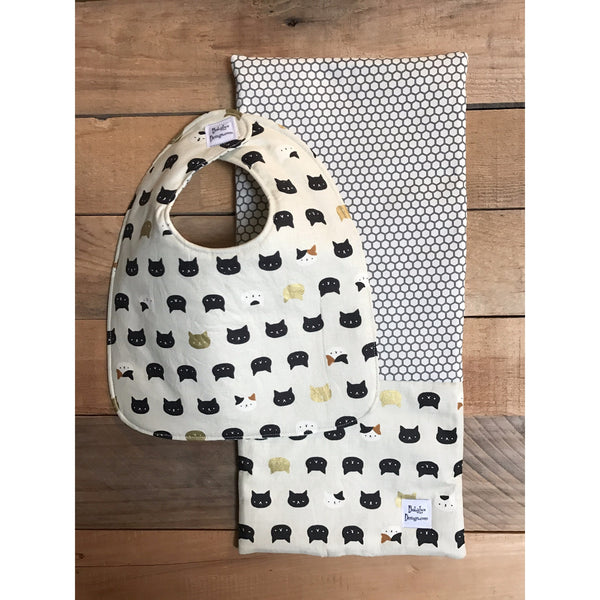 Kitty print reversible bib and burp cloth set
