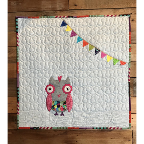 Baby Lux Design Mini Owl Applique Quilt