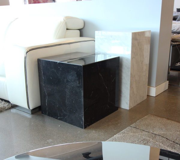 Black modern marble end table