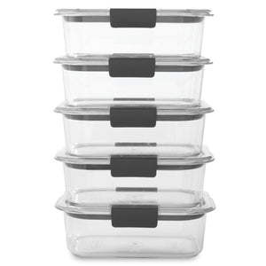 5 Rubbermaid Containers