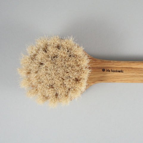 Iris Hantverk Long Handle Body Brush
