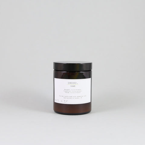 Irusu scented candle