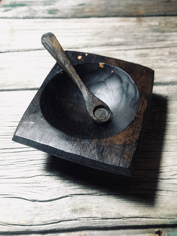 Ebonised Cherry Wood Pinch Pot with spoon OP235