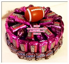 CK1085 BALTIMORE RAVENS CHOCOLATE FOOTBALL CAKE