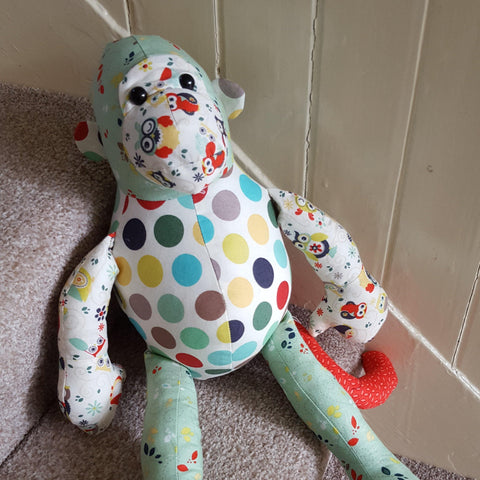 Memory keepsake monkey - Sew Tilley