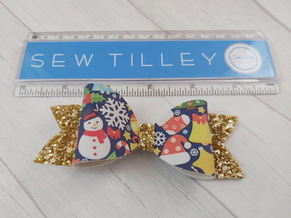Gold Christmas Bow - Sew Tilley