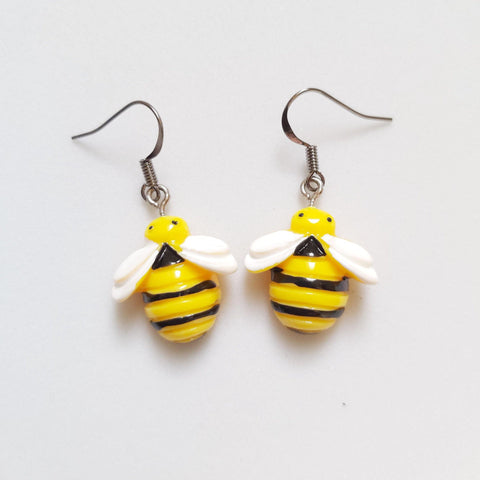 Bee earrings - Sew Tilley