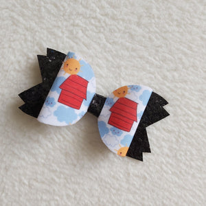 Red house hair bow - Sew Tilley
