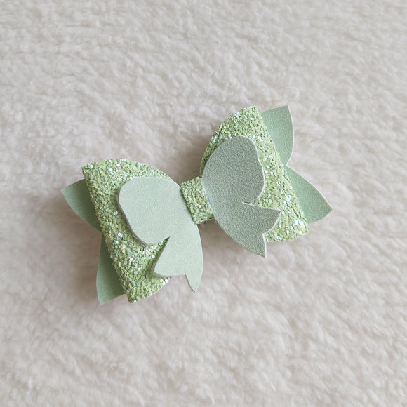 Green glitters and bows hair bow - Sew Tilley