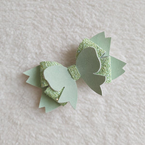 Green bow hair bow - Sew Tilley
