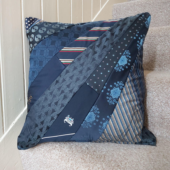 Tie keepsake memory cushion - Sew Tilley