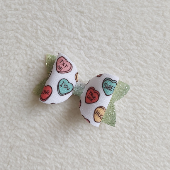 Love heart bow - Sew Tilley