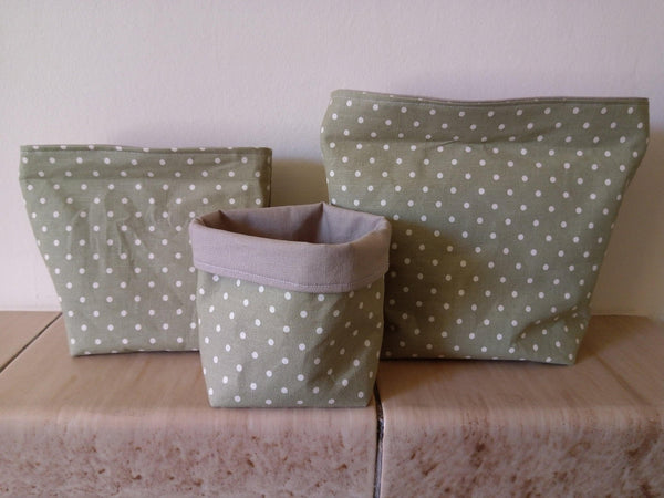 Green fabric baskets - Sew Tilley
