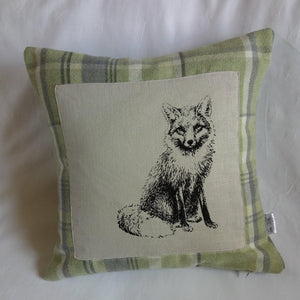 Fox print tartan cushion cover. - Sew Tilley