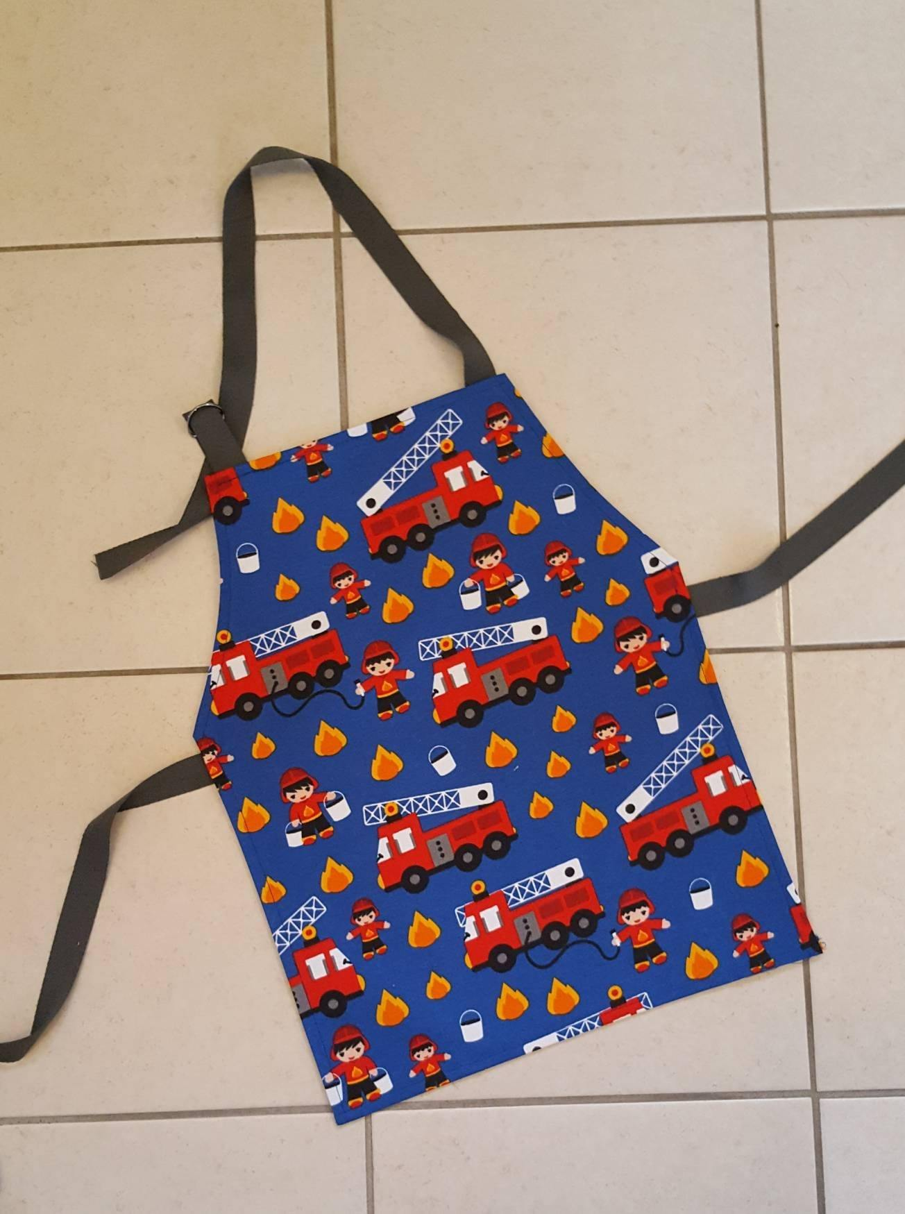 fire engine apron - Sew Tilley