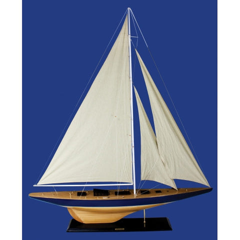 Model Sailboat Endeavor