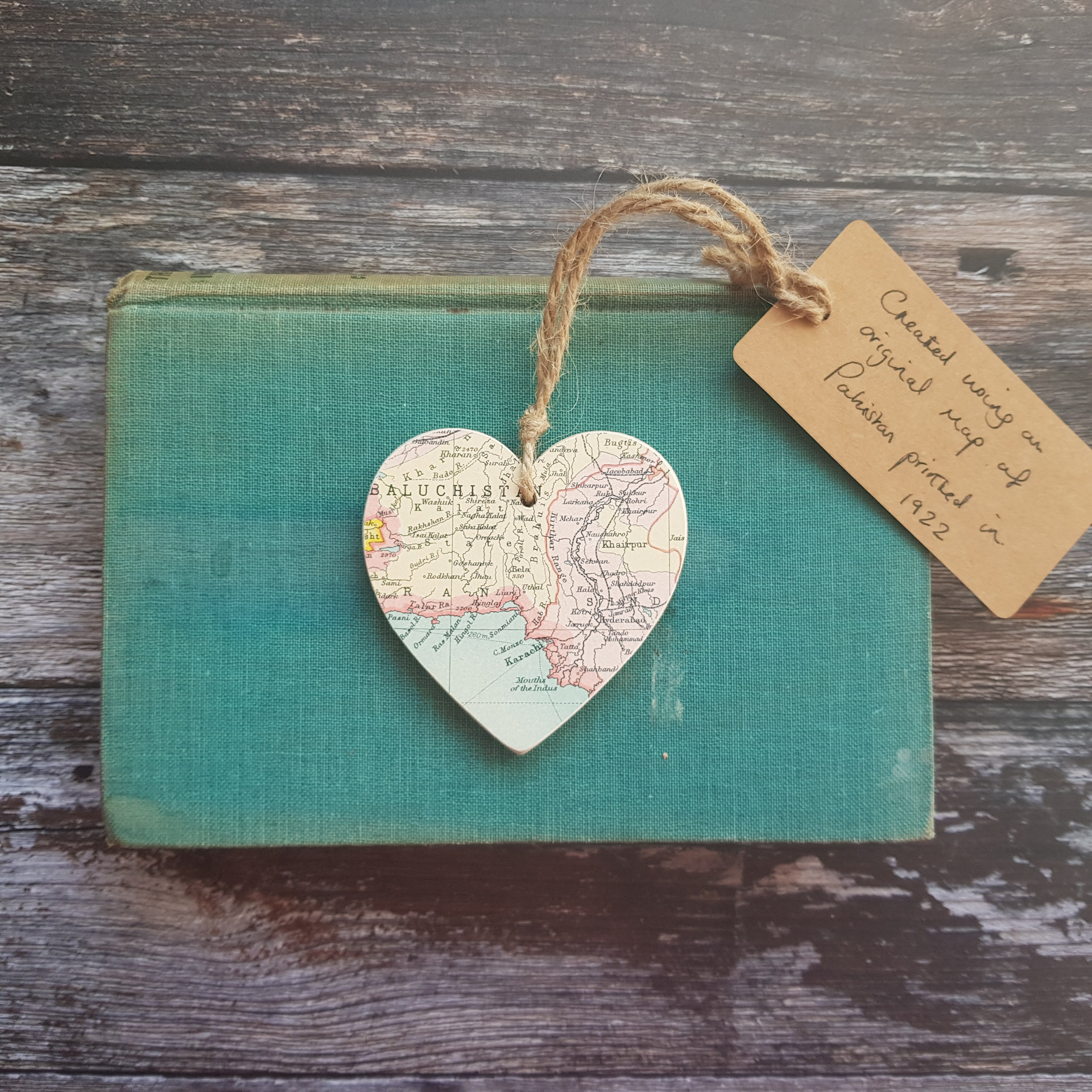 *One-off * - Vintage 1922 Map of Southern Pakistan Hanging Wooden Heart