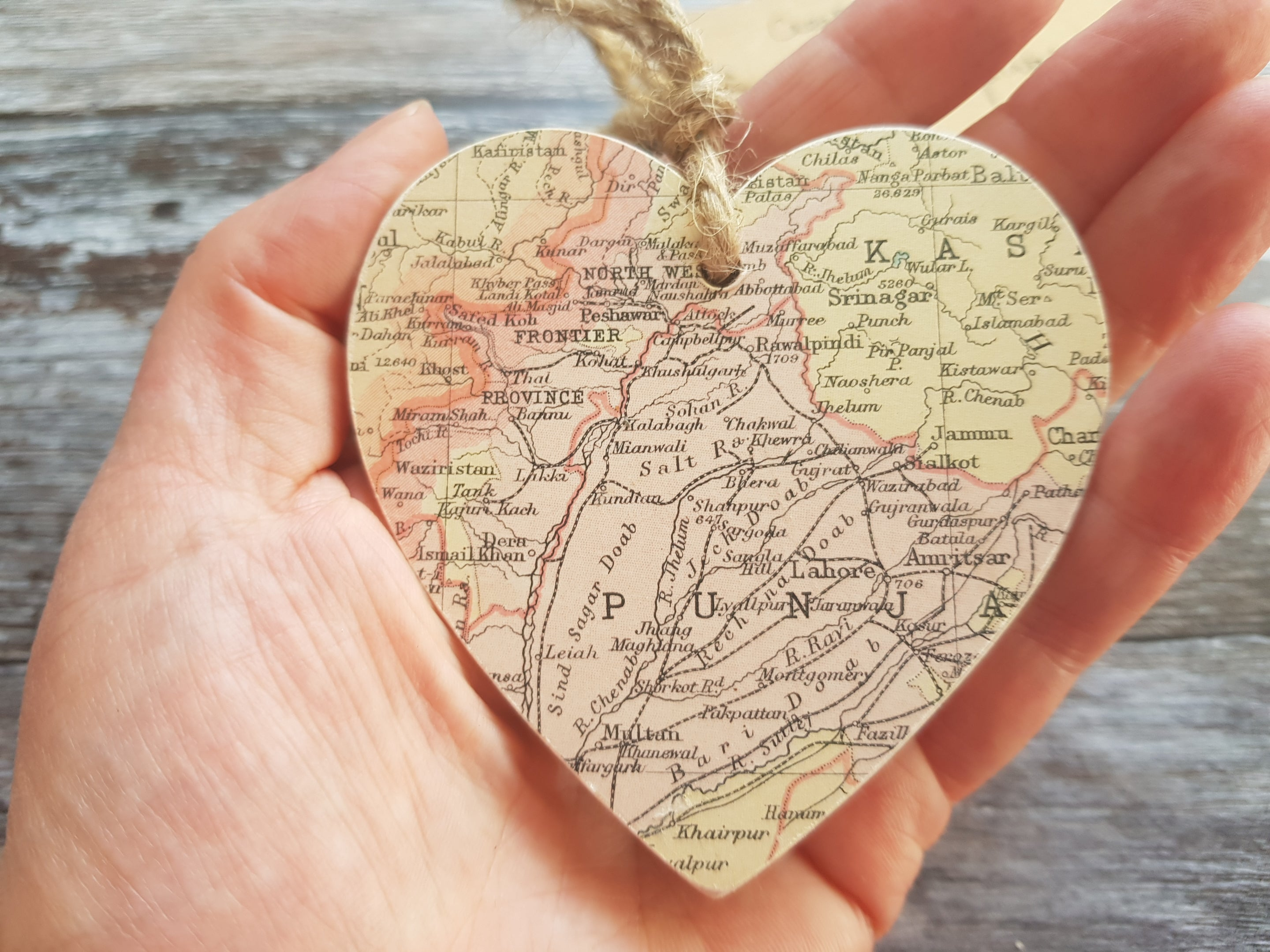 Pakistan vintage map heart by Qalbi