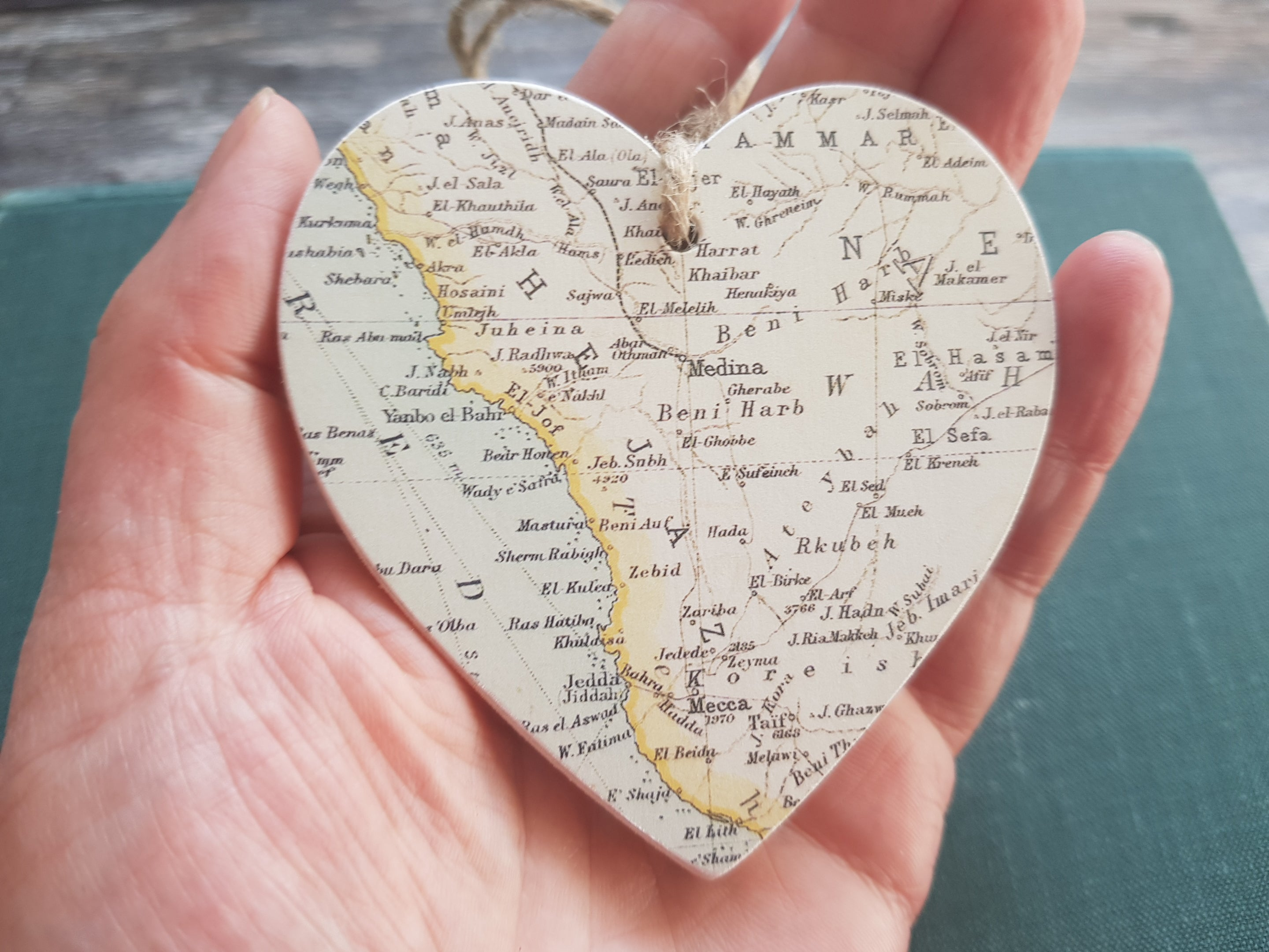 Mecca and Medina Vintage Map Hanging Wooden Heart