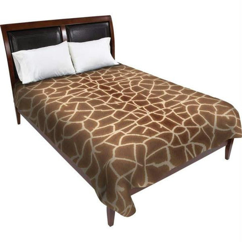 Picture of Wyndham House Giraffe Print Blanket