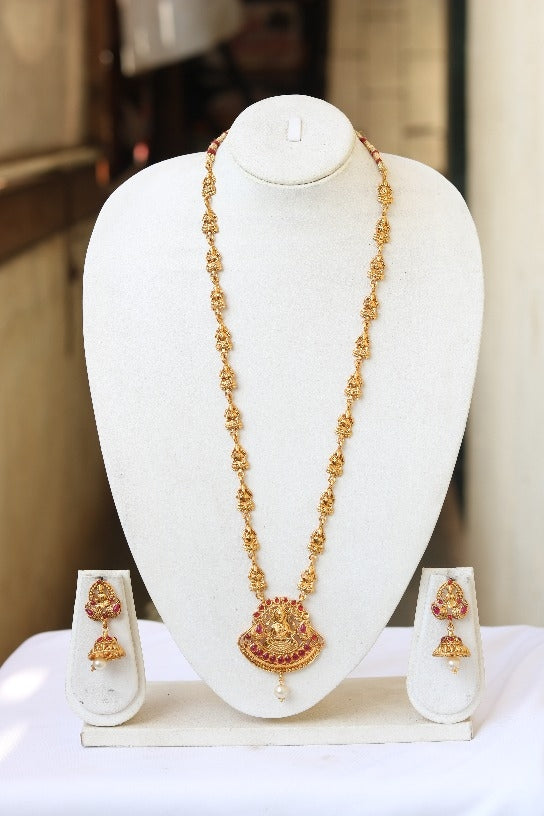South Indian Traditional Antique Maroon Long Necklace For Women