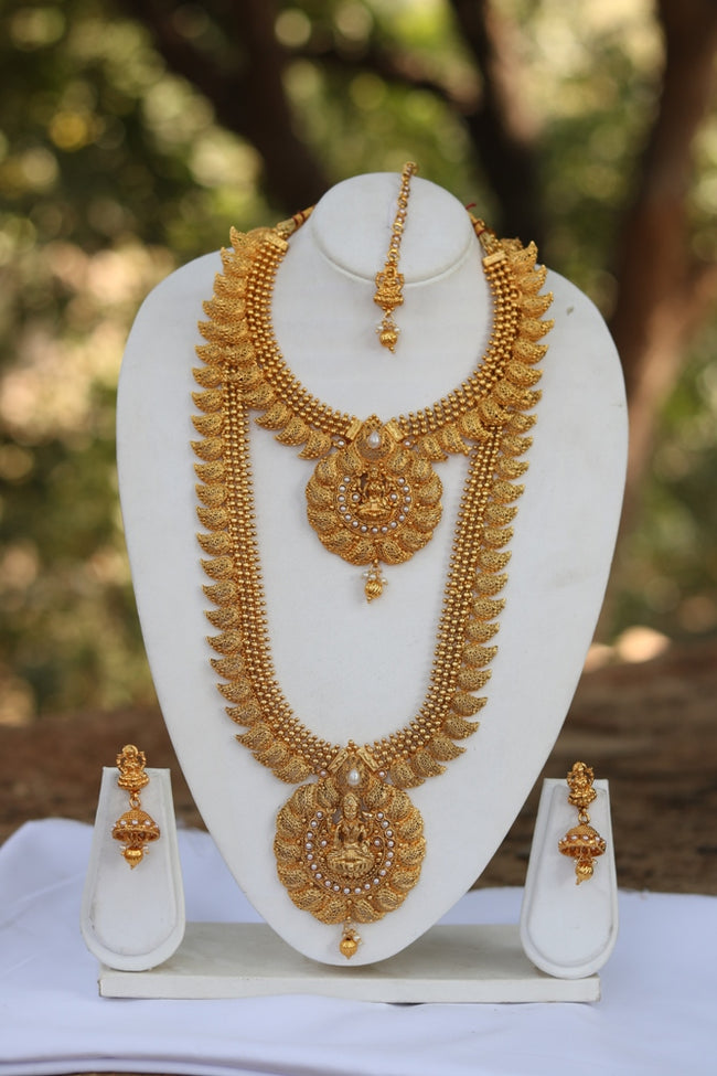 Laxmi Pendant Gold Plated White Kundan Haram Necklace Set