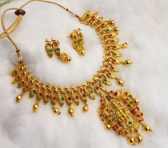 Laxmi Peacock Style Traditional Short Necklace With Jhumki Earring