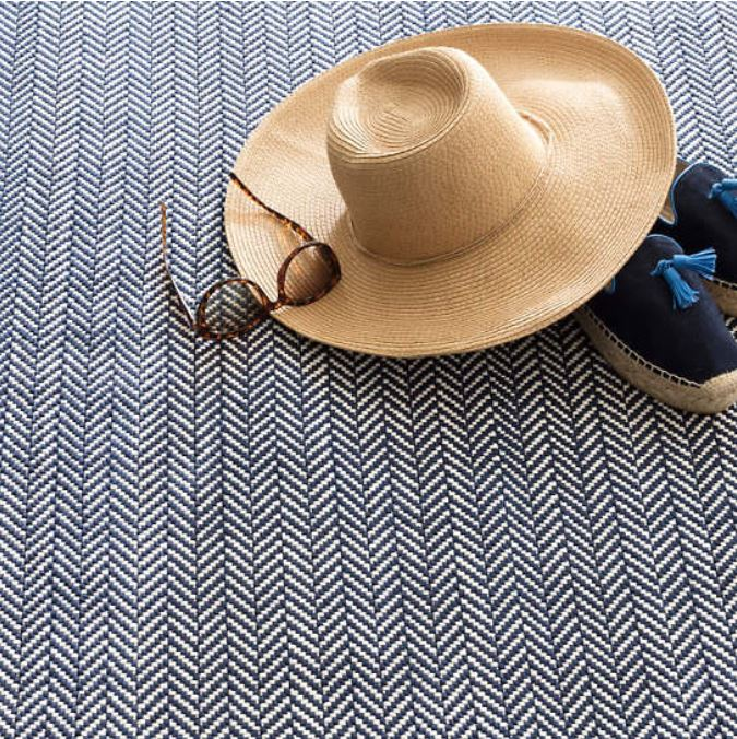Herringbone Indoor/Outdoor 3x5 Rug - Navy