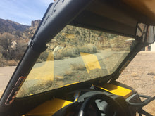 Load image into Gallery viewer, Can Am Maverick XRS Vented Windshield