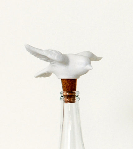 cute-fun-flying-bird-wine-stopper-unique-decorative-wine-bottle-stoppers