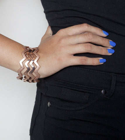 stacked-jagged-fashion-bangle-bracelet