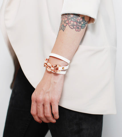 rose-gold-and-leather-fashion-bracelet-white
