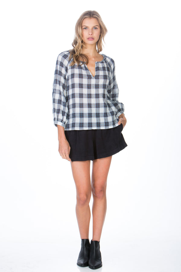 3/4 V-neck Plaid Top
