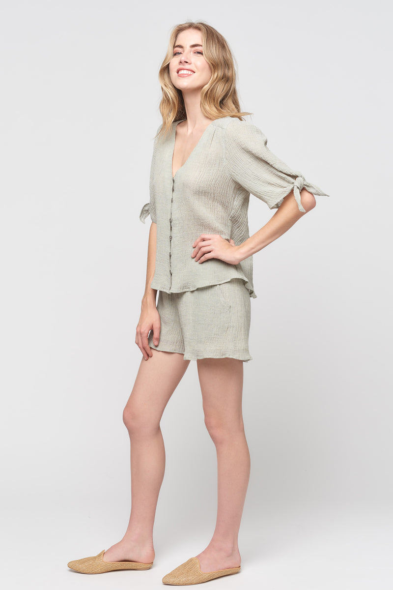 Short Sleeve Tie Knot Button Front Top