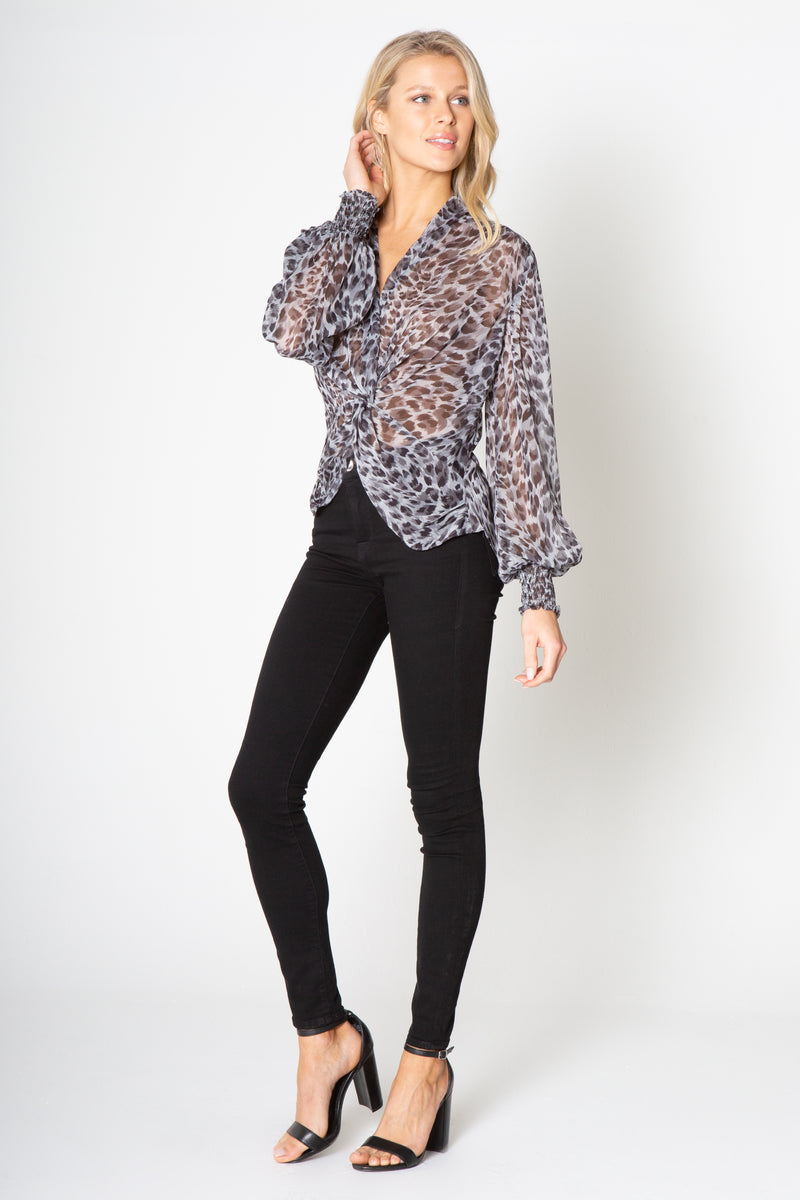 LONG SLEEVE KNOT FRONT PRINTED TOP