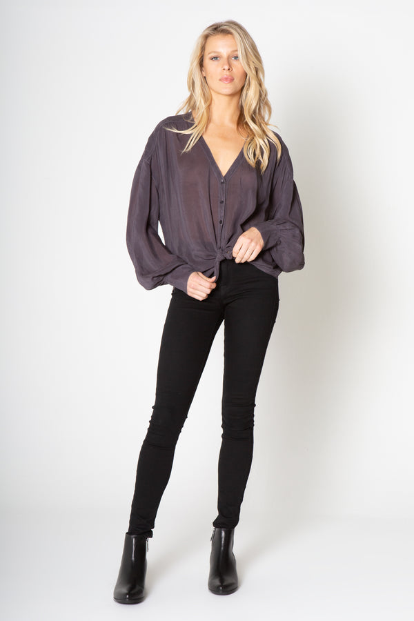 SILKY WASH CUPRO LONG SLEEVE BUTTON DOWN TOP