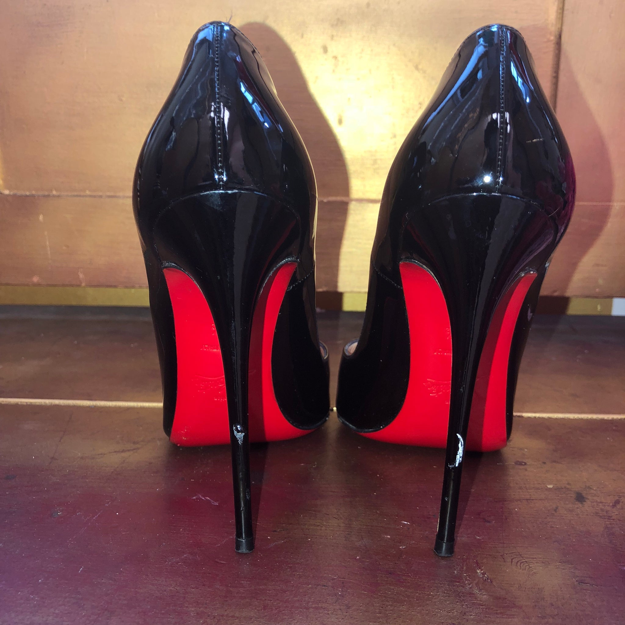 Christian Louboutin Black Patent 120 So Kate Heels 38.5