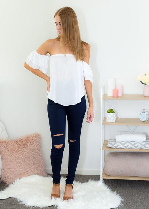 ZOE OFF-SHOULDER TOP IN WHITE