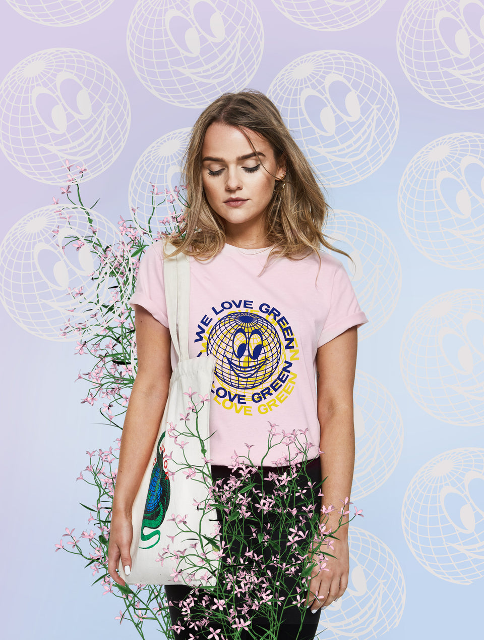 We Love Green Pink Globe T-shirt