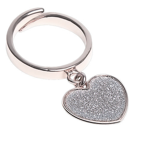 Related product : Anello regolabile con cuore glitterato