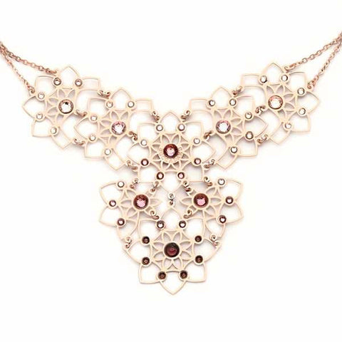 Related product : Collana in argento con decoro floreale e Swarovski