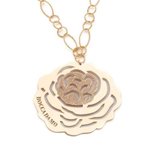 Related product : Collana in argento dorato con pendente a forma di camelia