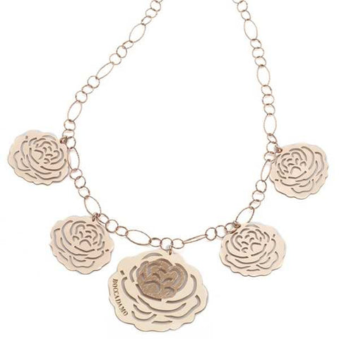 Related product : Collana in argento rosato con pendenti a forma di camelia