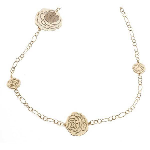 Related product : Collana lunga in argento dorato con pendenti a forma di camelia