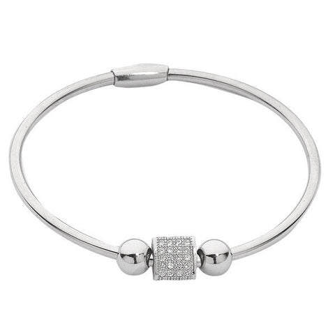 Related product : Bracciale rigido rodiato con passante triangolare in zirconi