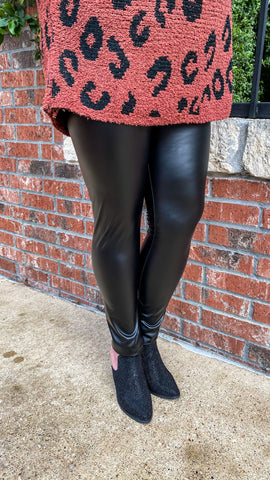 Leatherette Leggings PLUS: Black