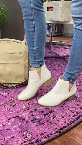 Rapid Croc Booties: White